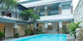 kolam renang Dinasty Smart Hotel Solo sandi iswahyudi