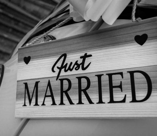 menikah sandi iswahyudi